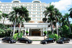 Mercedes-Benz Bàn Giao Xe Sang S450 L Cho Khách Sạn Park Hyatt Saigon